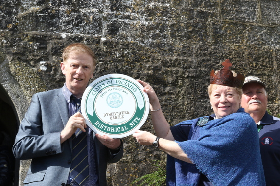 Dan McGrath, Clans of Ireland Historical Sites Committee Chairman and Joan Koechig, Chieftain of the O'Dea Clan