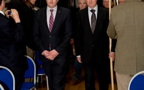 O'Higgins and Ó Tiernaigh Clans lead Parade into Mansion House