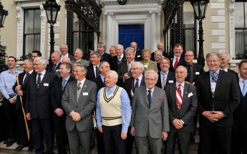 Clans Leaders Gather at Mansion House